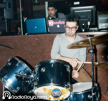 Persian DJ in toronto with percussionistPersian DJ in toronto with percussionist
